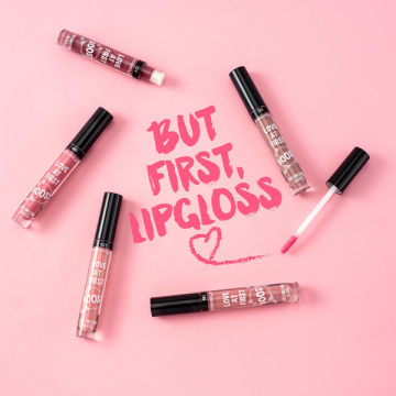 LOVE AT FIRST BOOST VOLUMIZING GLOSS